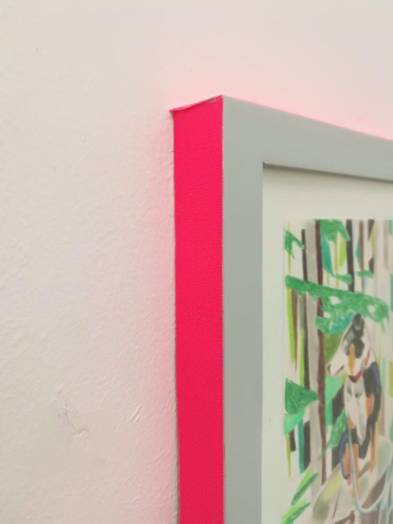 Nina Hannah Kornatz: Played Beyond You / Rahmen in neonpinkk
